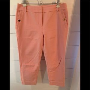 Pink ankle fitted pants
